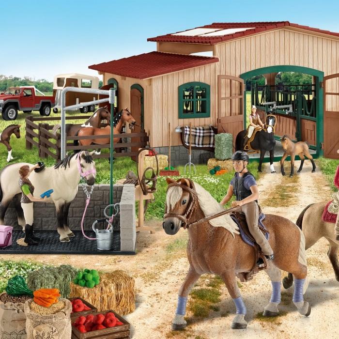 Accesorios cuadra caballos