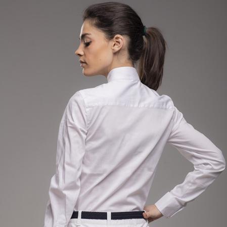 Camisa concurso equitación blanca espalda.